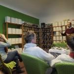 Alexander Poetsch informiert beim Teeseminar in Nürnberg