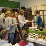 Verkostung von Grüntees beim Teeseminar in Nürnberg