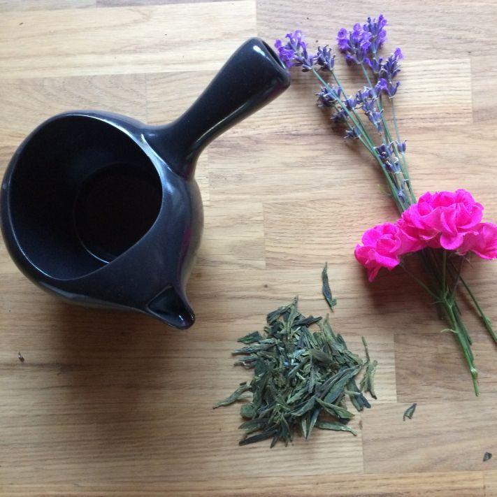Japanische Einhandkanne Kyusu zum Direktaufguss von Tee