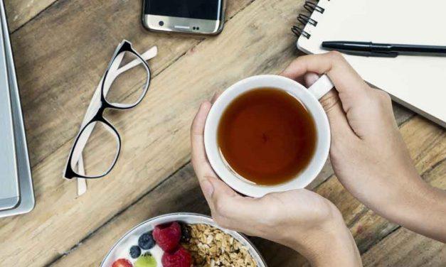 Tee im Büro trinken: Tipps und Tricks
