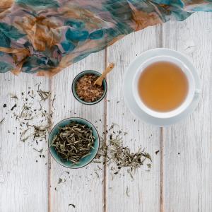 Weißer Tee Baimudan King