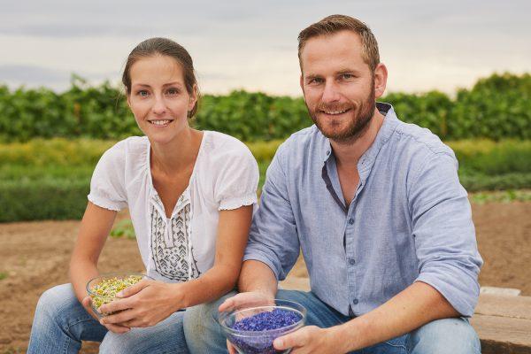Jessica Schönfeld und Christian Weiß Kräutertee manufaktur Schönfeld